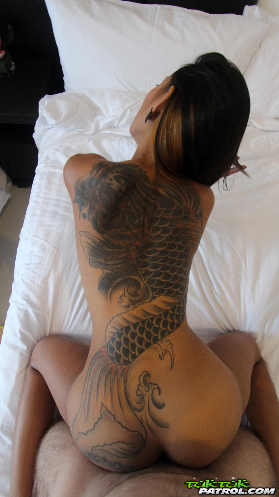 Amateur Threesome Bbw Tattoos